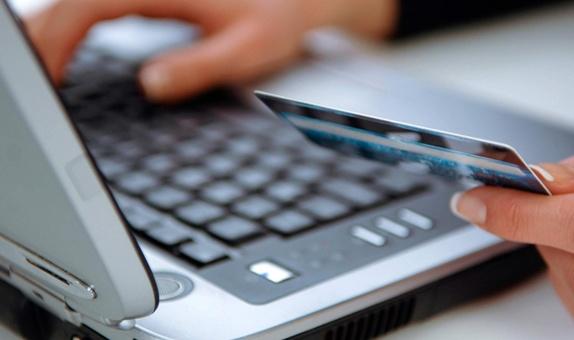 Online Alışverişlerimiz Artarken Güvenlik Tedbirlerimiz Azalmasın class=