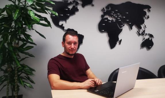 """Ulus Yapı Dijital Dönüşüm Koordinatörü Birsel Göksu: """"Ulus Yapı'da Dijital Dönüşüm Hız Kazanıyor"""" class="""